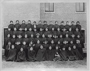 Albuquerque Indian School early class of young ladies